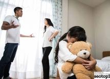 Tranh cãi trước mặt con, bố mẹ đã làm lệch lạc tâm lý của con đến mức nào